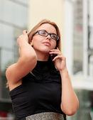 Beautiful young businesswoman — Stock Photo
