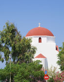 White church with a red dome — Stock Photo