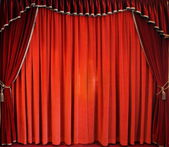The traditional red theatre curtain — Stock Photo