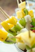 Shashlik from fresh fruits — Stock Photo