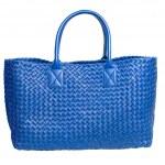 Luxury blue leather female bag isolated on white — Stock Photo #3384452