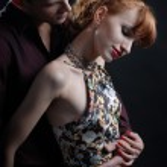 Man embrace woman — Stock Photo