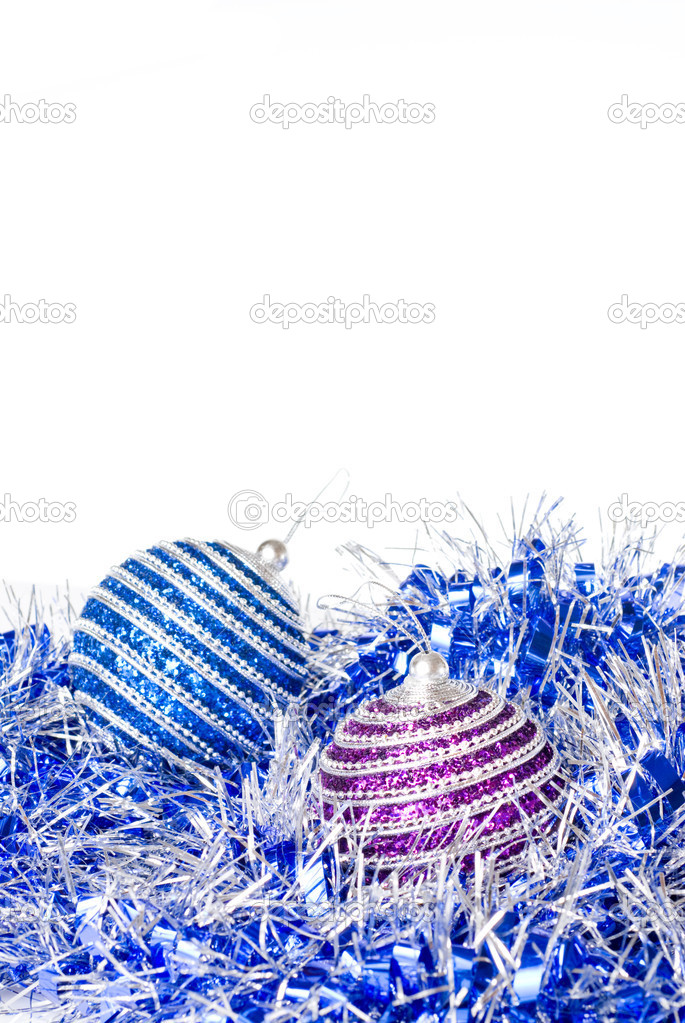 Pink and blue christmas balls with decoration isolated on white — Stockfoto #3380126