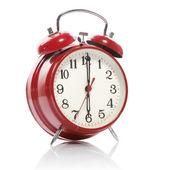 çalar saat üzerinde beyaz izole kırmızı eski stil — Stok fotoğraf