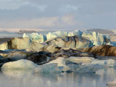 Icebergs in Jokulsarlon, glacier lagoon — Stock Photo