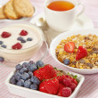 Fresh healthy breakfast — Stock Photo