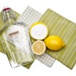 Foto Stock: Natural Cleaning with Lemons, Baking Sodand Vinegar