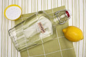 Natural Cleaning with Lemons, Baking Soda and Vinegar — Stock Photo