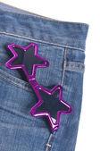 星形のデニム紺ジャン ズボンのポケットにサングラス — ストック写真