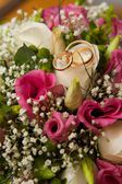 Beautiful bridal rings — Stock Photo
