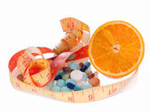 Medicine and diet to lose weight — Stock Photo