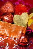 Pudełko z czerwone serca — Zdjęcie stockowe