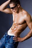 Homme jeune bodybuilder — Photo