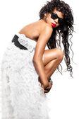 Mulâtresse en robe blanche — Photo