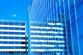 Centro de negócios de vidro moderno — Fotografia Stock
