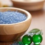 Bitkisel tuz ve banyo topları — Stok fotoğraf