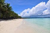 Beautiful white sand beach in Boracay — Stock Photo