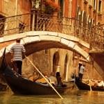 Traditional Venice gondola ride — Stock Photo #4783715