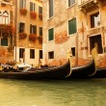 Traditional Venice gondola ride — Stock Photo #4783871