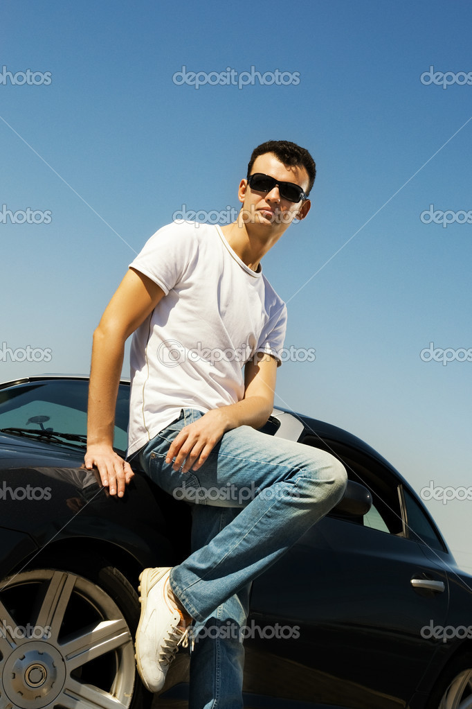 http://static4.depositphotos.com/1001951/480/i/950/depositphotos_4800576-Young-handsome-guy-near-the-sport-car.jpg