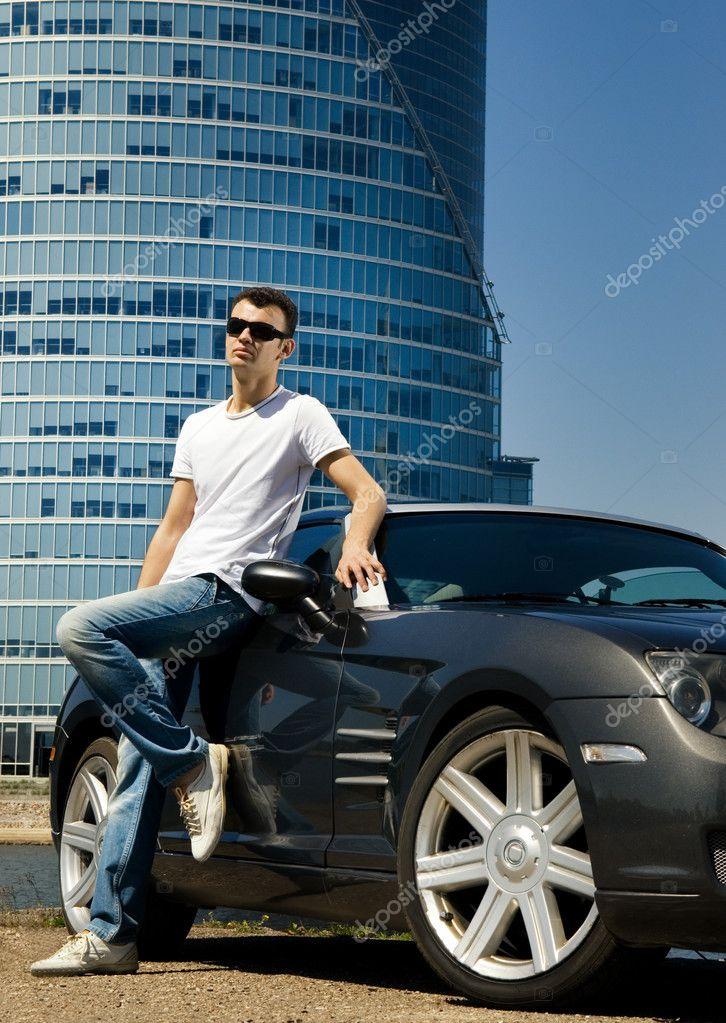 Фото мужчин в авто