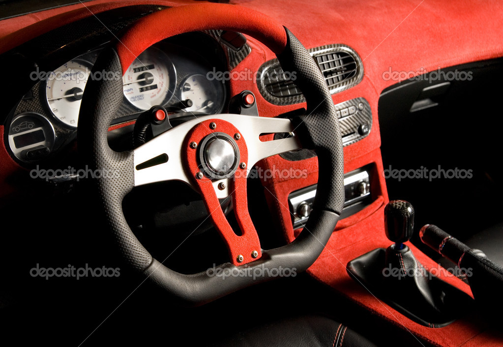 Voiture de sport l 39 coute int rieur velours rouge de for Interieur auto