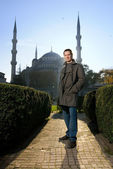 Young handsome man in a city (Turkey, Istanbul) — Stock fotografie