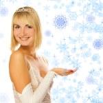 piękną księżniczkę z jej rękę wyprostowaną, jakby ona jest — Zdjęcie stockowe
