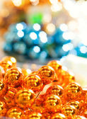 Abstract Christmas background (Shallow DoF, focus on decoration — Stock Photo