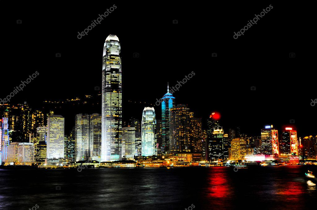 Hong Kong harbour at night   Lizenzfreies Foto #2813500