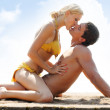 couple sur la plage — Photo