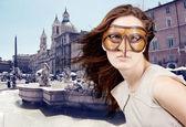 Beautiful girl with the Venetian mask — Stock Photo