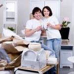 Happy couple celebrating new home — Stock Photo