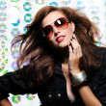 Woman with fashion sunglasses — Stock Photo