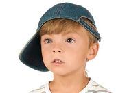 Retrato de niño emocionalmente — Foto de Stock