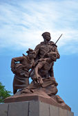 Monument to the members of the komsomol in city Sevastopol — Stock Photo
