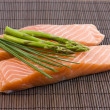 Salmon and asparagus — Stock Photo