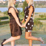 Two beautiful girls on nature — Stock Photo #3902307