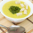 Puree soup with broccoli and croutons — Stock Photo