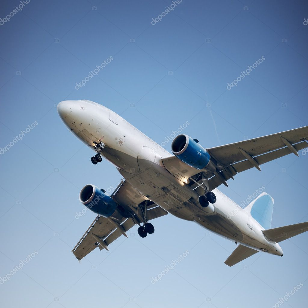 Airplane in the sky - color scheme on airplane is changed!!! — Stock Photo #3196020