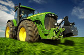 The tractor — Stock Photo