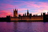 Londres. edificio del parlamento. — Foto de Stock