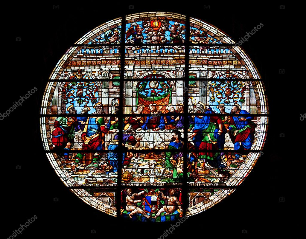 Stained glass window in Grand dome, Siena, Italy — Stock Photo #3784577