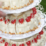 Ornate wedding cake — Stock Photo
