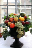 Fruit bowl in an old bay window — Stockfoto