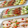 buffet con antipasti o finger food — Foto Stock