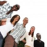 jonge en gelukkig van verschillende nationaliteiten — Stockfoto