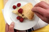 Bramley apple pie with raspberries — Stock Photo
