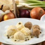 Organic minced meat balls with potato — Stock Photo