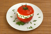 Tomato with lowfat cottage cheese — Stock Photo